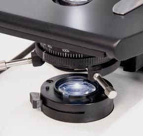 Microscopio DM500 Leica